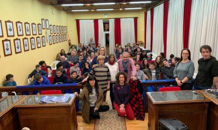 Llegan a Colindres 58 jóvenes de Le Haillan para participar en un programa de intercambio cultural financiado por la Unión Europea
